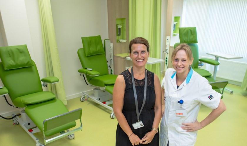 Allergoloog Renee Otten (r.) en hoofd Nicole Kouwenberg zijn blij met alle faciliteiten. foto: ETZ Fotografie & Film/Ellen den Ouden