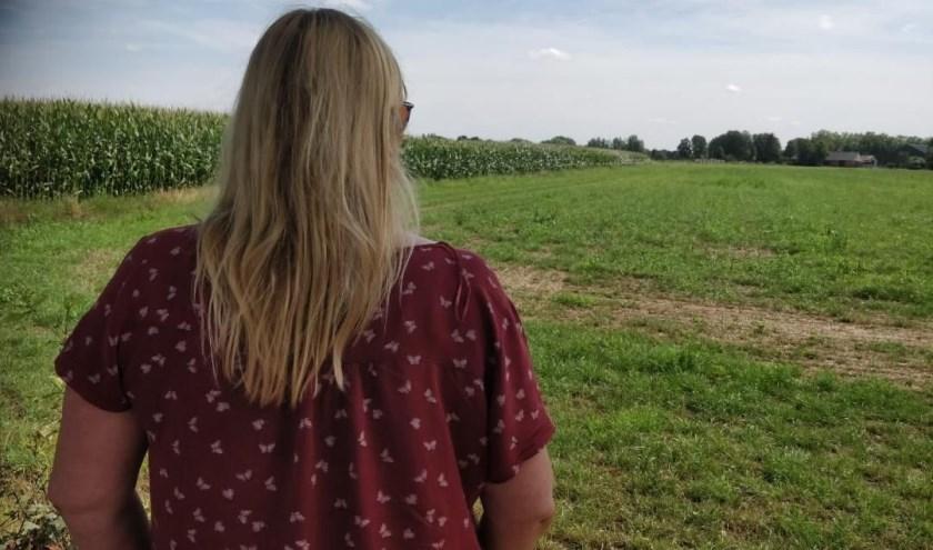 """""""Bij die eerste herinneringen twijfelde ik nog aan mezelf, maar door erover te praten, viel alles op zijn plek"""", aldus Marielle. Kijk voor meer info over Blauwe Maan op www.blauwemaan.nl."""