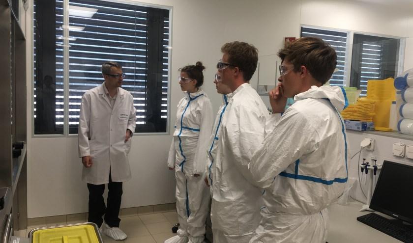 Bezoek aan het laboratorium