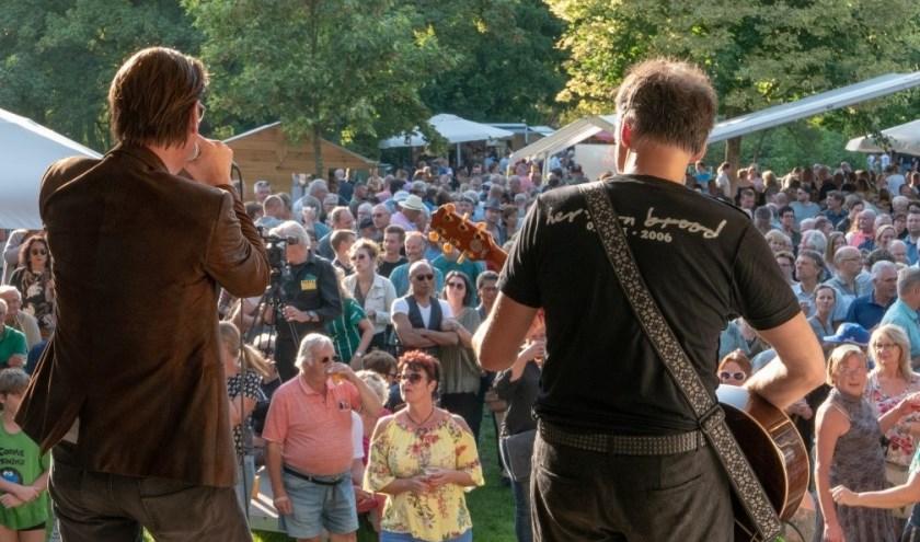 Tijdens het Akoestival op zondag 8 september kun je vanaf 12.00 uur al genieten van muziek. Het Kunstpark start om 13.00 uur. Foto 2018 PR.