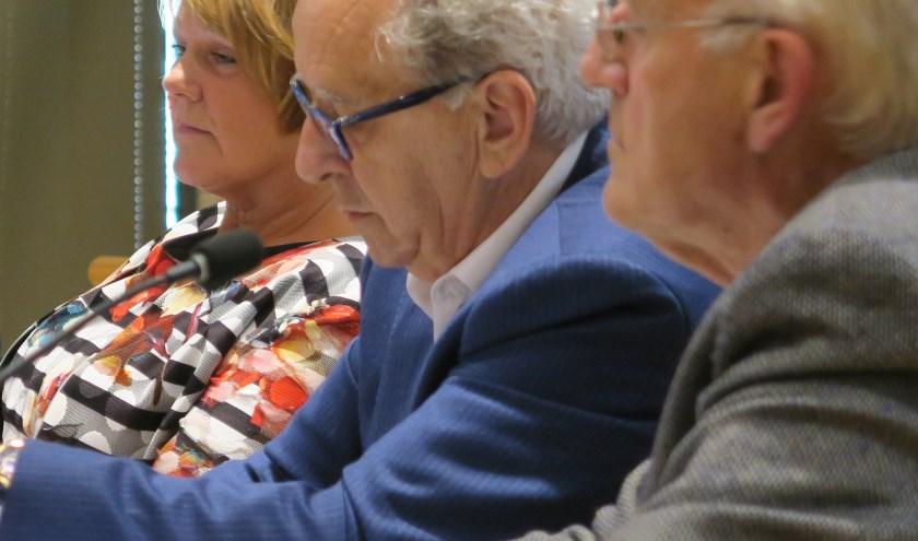 In de nieuwe fractie van EVR is geen sprake van eenheid. V.l.n.r. Cora van Vliet, Wim van der Linden en Ad Los. (tekst en foto GvS)