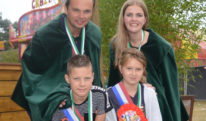 Guido ten Brinke, Lisette Geessink, Lenn Wilderink en Tardia Branten voelden zich na afloop prinsheerlijk. Foto:Marco Heutinck