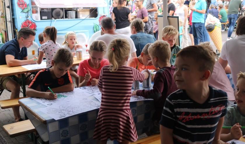 Een impressie van het foodtruckfestival Brandefood. Foto: Stichting Brandefood.