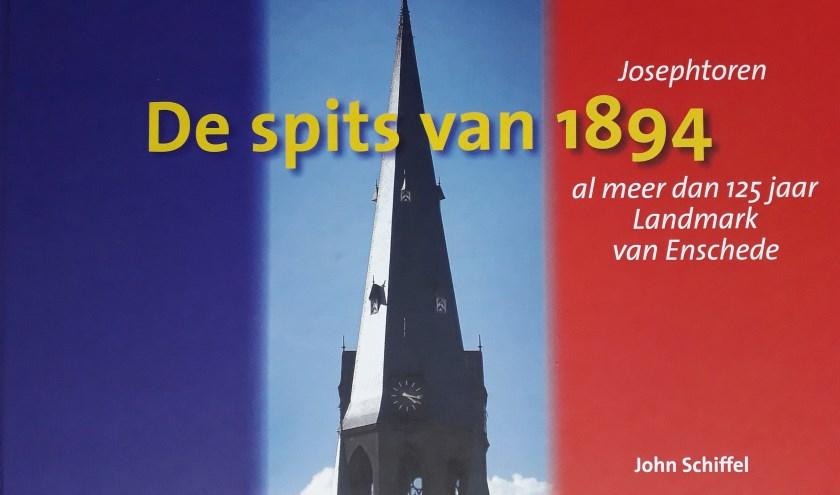 Ter gelegenheid van het 125-jarig bestaan van de Sint Josephkerk is er een boekje uitgebracht met foto's van de torenspits.