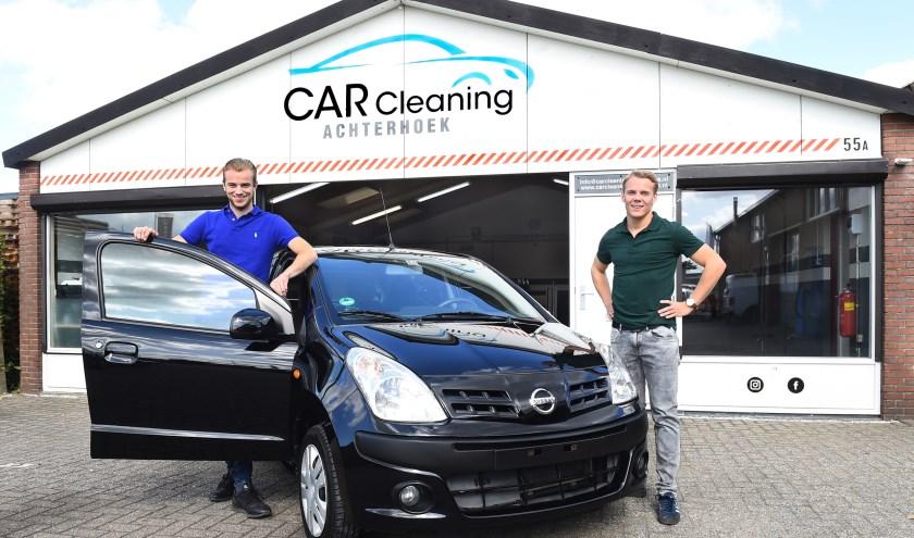 Ondernemer van de week: Max Leusink (links) en Ties Bouwman. (foto: Roel Kleinpenning)