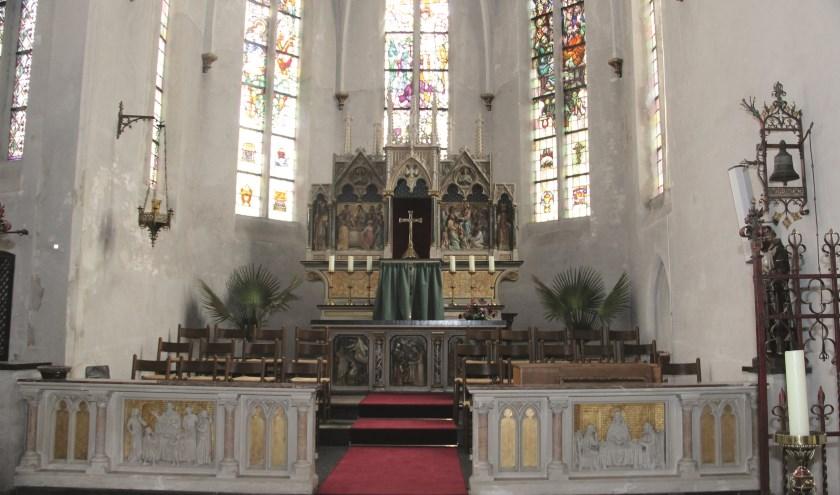 Het altaar van de Sint Antonius Abtkerk in Loo.