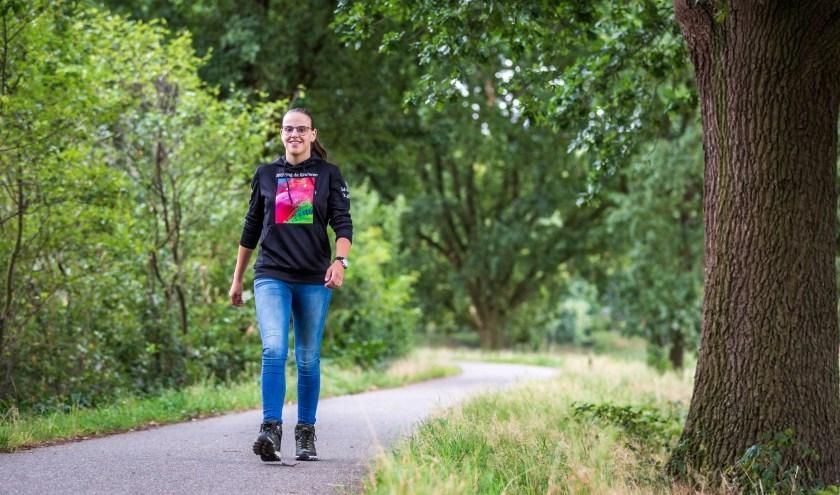 Daniëlle Kruissen uit Drunen traint zoveel en zo vaak ze kan om 'De 80 van de Langstraat' uit te lopen. Voor haar moeder en voor Stichting de Kinderen. Foto: Yuri Floris Fotografie