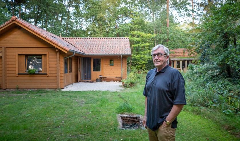 """Peter Schraven, voorzitter van de Huiseigenarenvereniging Bosbewoners Distelberg in Helvoirt. """"Wij vormen een gewone woonwijk."""""""