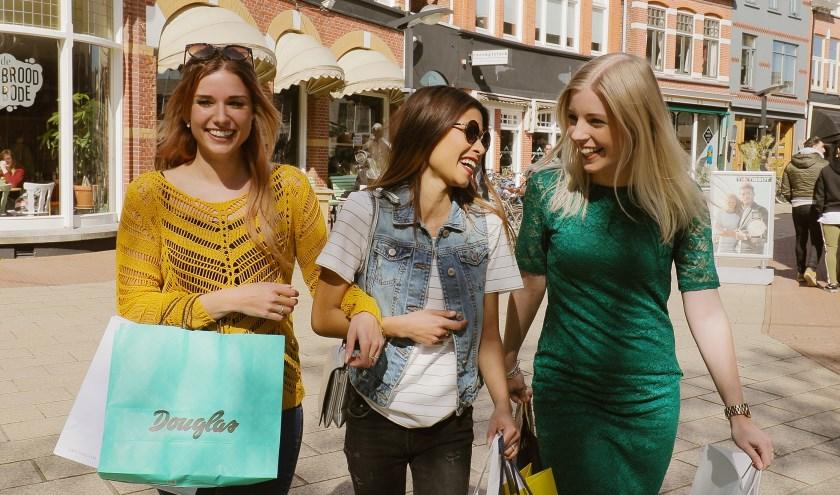 """""""Jarenlange investeringen in de binnenstad en actief campagne voeren voor de zichtbaarheid van Enschedezorgen er voor dat we in Enschede het aantal bezoekers op peil houden."""""""