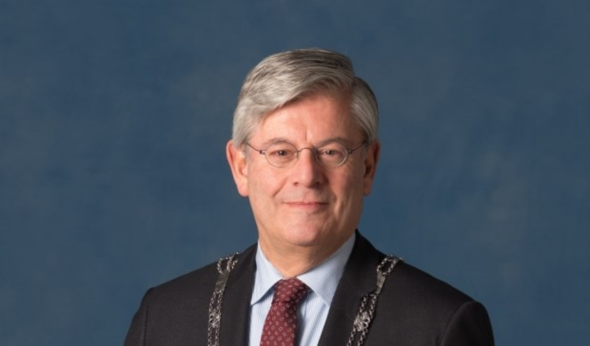 Burgemeester Aptroot noemt Coronacrisis een heftige tijd. Foto: PR