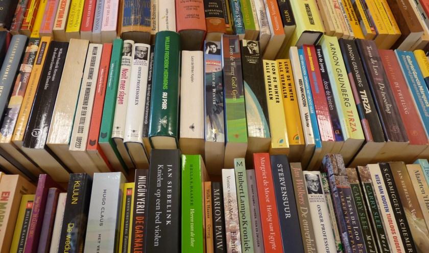 Afdeling Nederlandse literatuur op de boekenbeurs van 2018