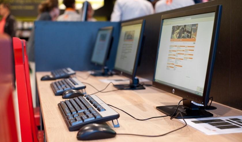 Het Klik & Tik-inloopspreekuur is elke woensdag van 11.30 tot 12.30 uur in de bibliotheek van Waalwijk.
