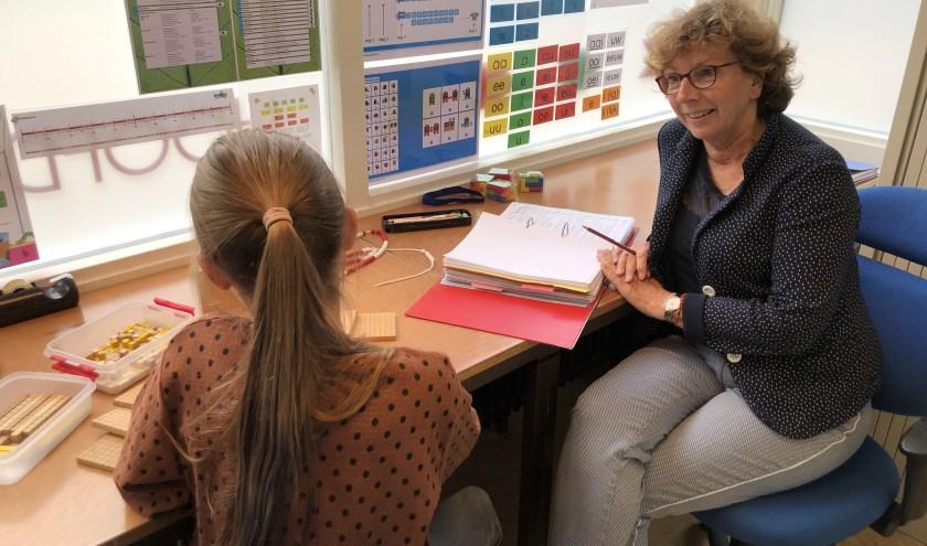Juf Anita Albersen van KBS De Pionier in Maarssen gaat met pensioen. Foto: KBS De Pionier
