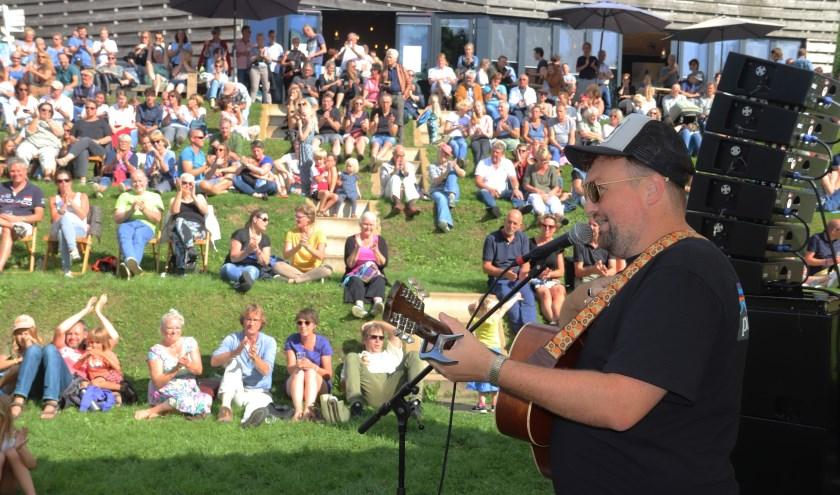 Tim Knol zorgde er voor dat er veel toeschouwers waren bij het Spoelfestival te Culemborg.