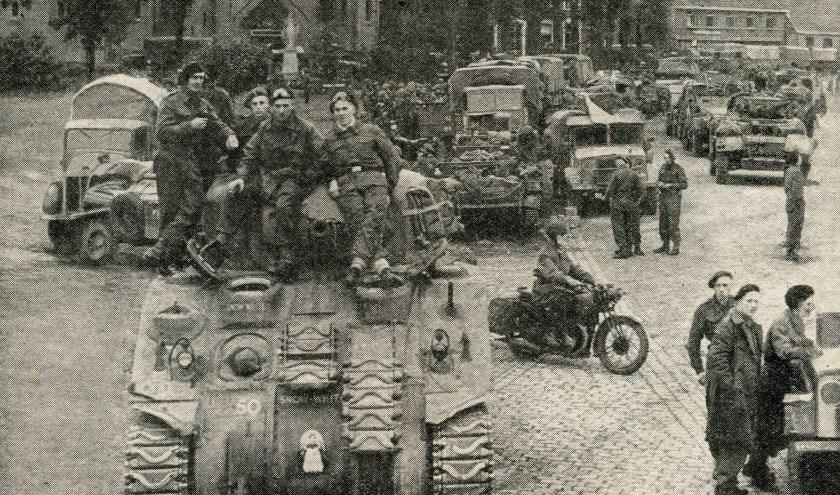 De bevrijders op de Valkenswaardse Markt (War Illustrated, 13 oktober 1944).