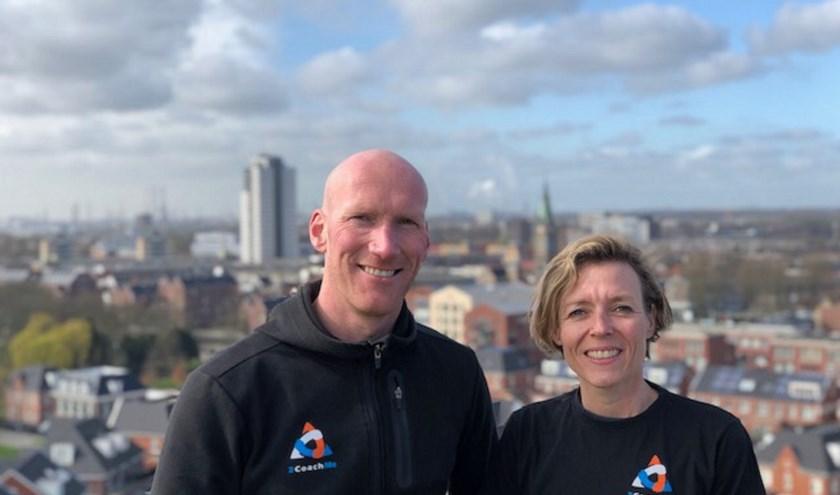 Wout van Dooren en Marije Lissenberg organiseren de eerste Urban Haring Run. (Foto: Betsy van Middelkoop)
