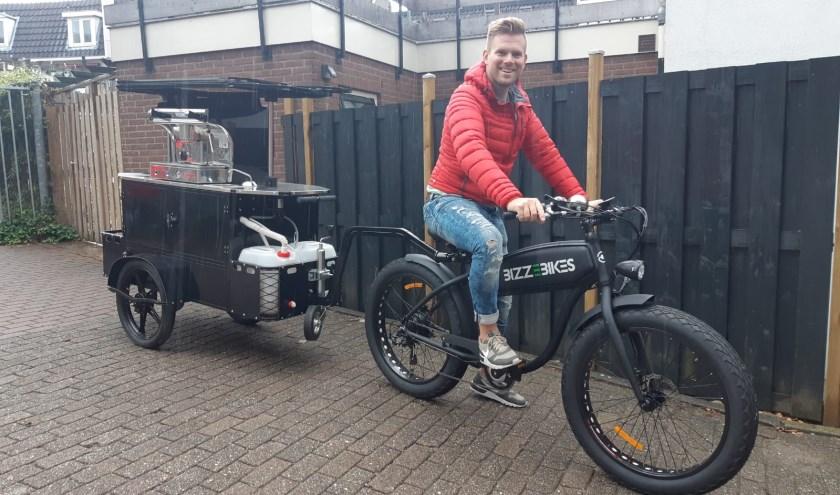 Voor de ultieme mobiele, full-service koffiebeleving zet Koffiebranderij OverHoop The Coffee Bike in op evenementen.