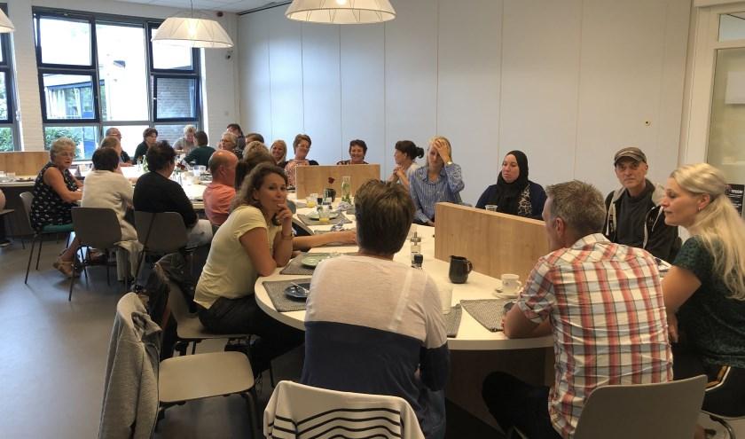 In het kader van ouderbetrokkenheid gaf De Brug een lunchbijeenkomst voor de ouders van nieuwe leerlingen.