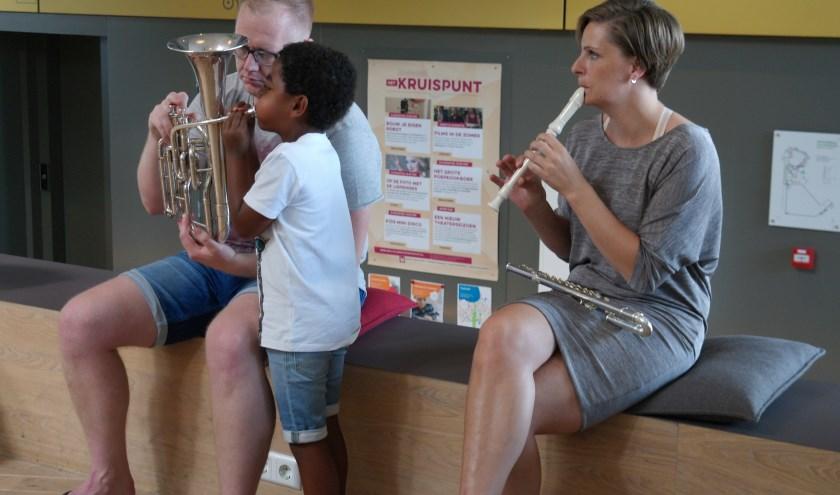 Tijdens de Uitmarkt kan er volop informatie verkregen worden over muzieklessen (Foto: PR)