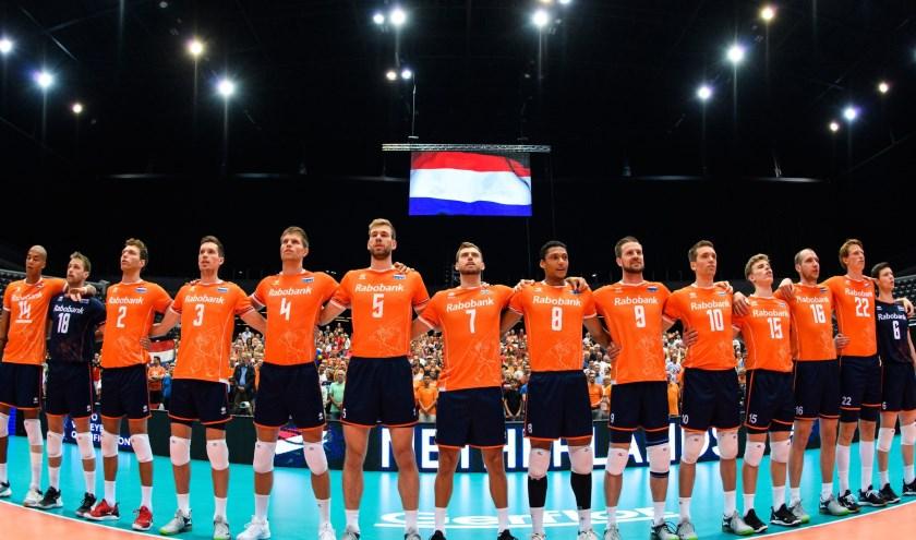 De Lange Mannen van Oranje op het OKT in augustus. Komend weekend zijn ze terug in Rotterdam Ahoy, nu voor drie wedstrijden van de poulefase van het Europees Kampioenschap. (Foto: FIVB)
