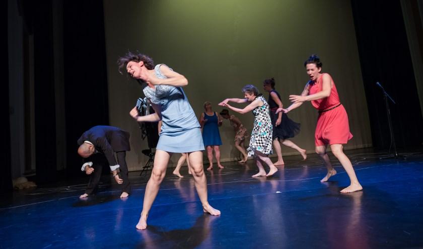 Een scene foto uit de vorige voorstelling van NEST. Foto: Dave van Hout.