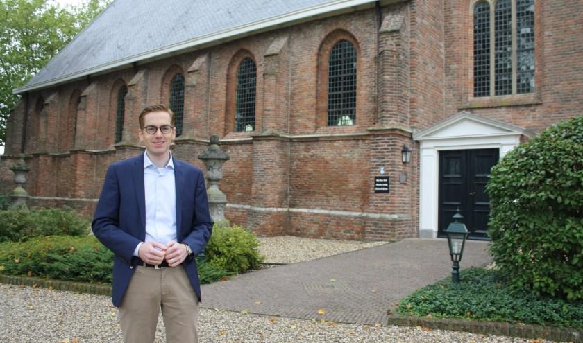 De nieuwe predikant Daan van den Born wil zich graag inzetten voor heel de dorpsgemeenschap. (Foto: Mieneke Lever van Dieren)