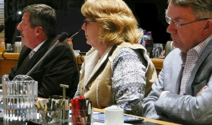 De fractie van het CDA in 2014. V.l.n.r. Leen Kruithof, Els Berkhout en Peter Meij. De eerste twee zijn geen raadslid meer; Peter Meij is wethouder in het huidige college. (tekst en archieffoto GvS)