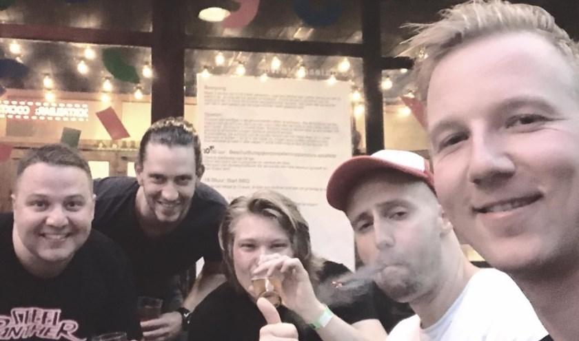 De Sliedrechtse band Blake Middle weigert zichzelf serieus te nemen. (Foto: pr)