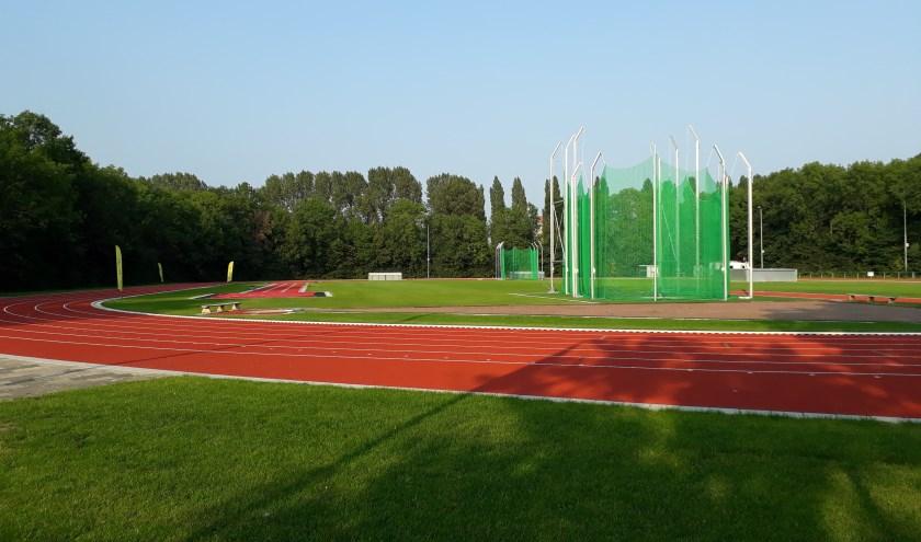 de gerenoveerde atletiekbaan