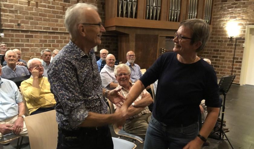 Tijme en Ineke tijdens repetitie Ontmoetingskerk Eefde