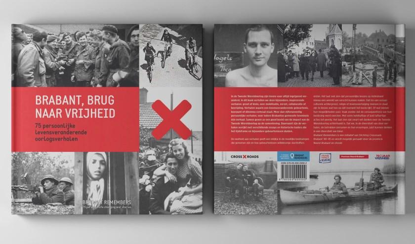 De auteurs ontvingen het 'eerste exemplaar'. Het boek 'Brabant, brug naar vrijheid' is online te koop via bol.com.