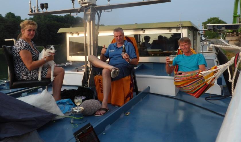 Marlies, Jan en René op het dek. Foto: René Kerkhoven