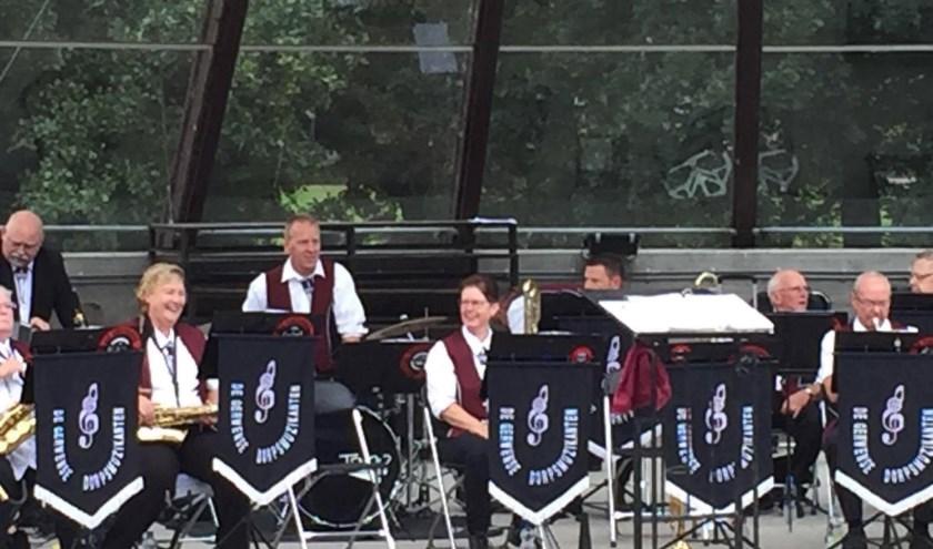 De Gerwense Dorpsmuzikanten staan zondag 8 september om 12.00 uur op het Caratpodium.