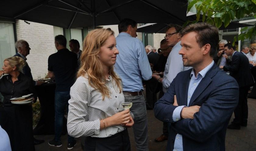 Ondernemers, politici en gemeentemedewerkers troffen elkaar donderdagom bij te praten en plannen te maken. Foto: OVSV
