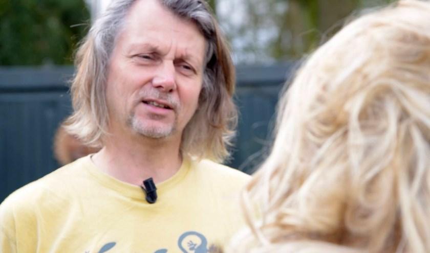 Jeroen Kumeling gaf Marlieke Kremers een kijkje in de wereld van ecstatic dance op Landgoed AlGoed.
