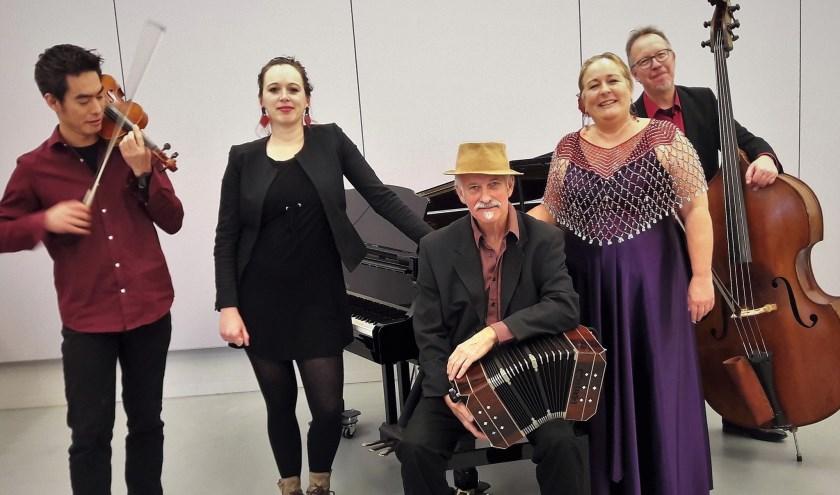 Ensemble Tango de Barrio verzorgt het bevrijdingsconcert