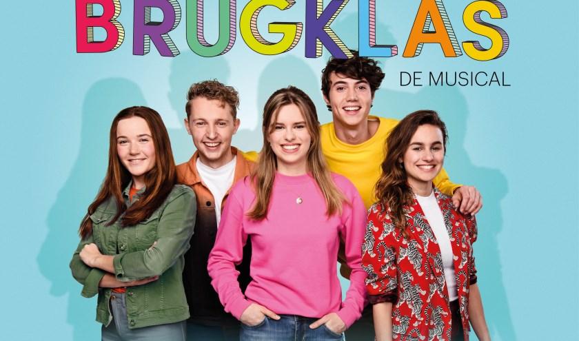 De cast van de bekende serie 'Brugklas' op NPO Zapp. Je ziet het allemaal in De Hofnar.