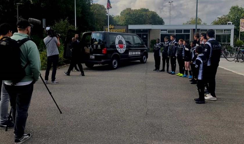 Excelsior Rotterdam leverde in Thurlede de tenue's af. Op 22 september opent het Schiedamse G-team de competitie. (Foto: PR)