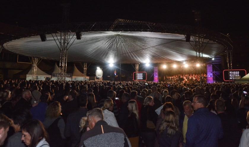 Van 500 bezoekers tijdens de eerste editie naar zo'n 9000 nu, kun je wel zegen dat het evenement een succes is. (Foto: Peter Tops - Topspotting).