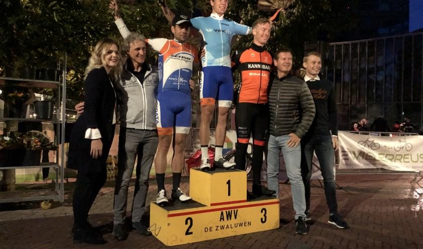 Jelle Johannink won in Goor het klassement van de VIRO Criterium Cup Twente bij de elite/beloften.