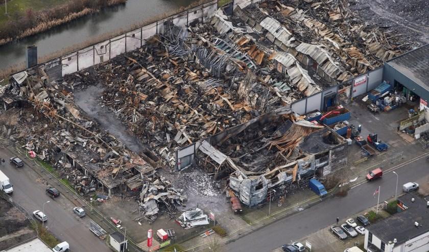 Ardito Fotografie bracht de omvang van de brand vanuit de lucht duidelijk in beeld.
