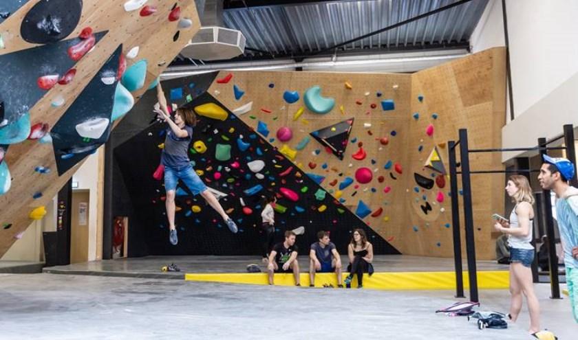 Revolt Climbing Teamlid Lisa Klem in actie