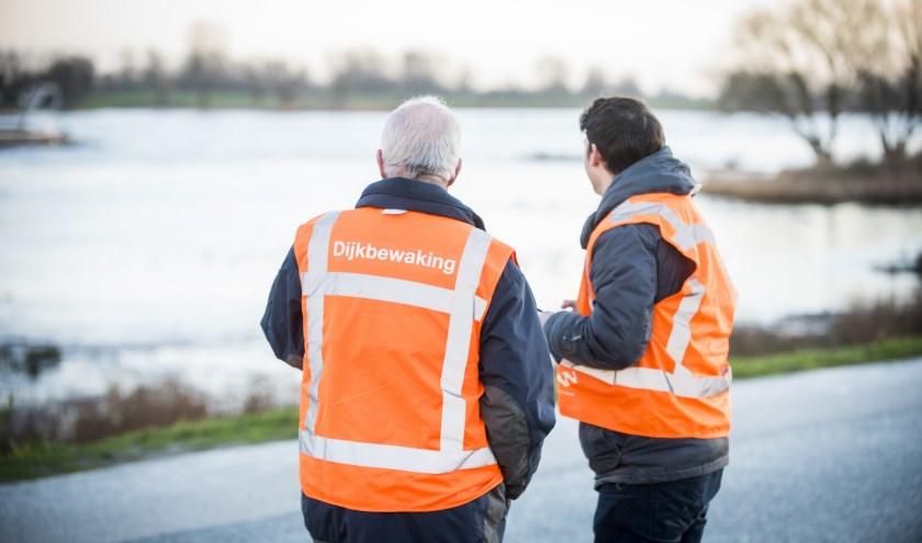 Dijkwachten van Waterschap Rivierenland. (Foto: Cees van der Wal)