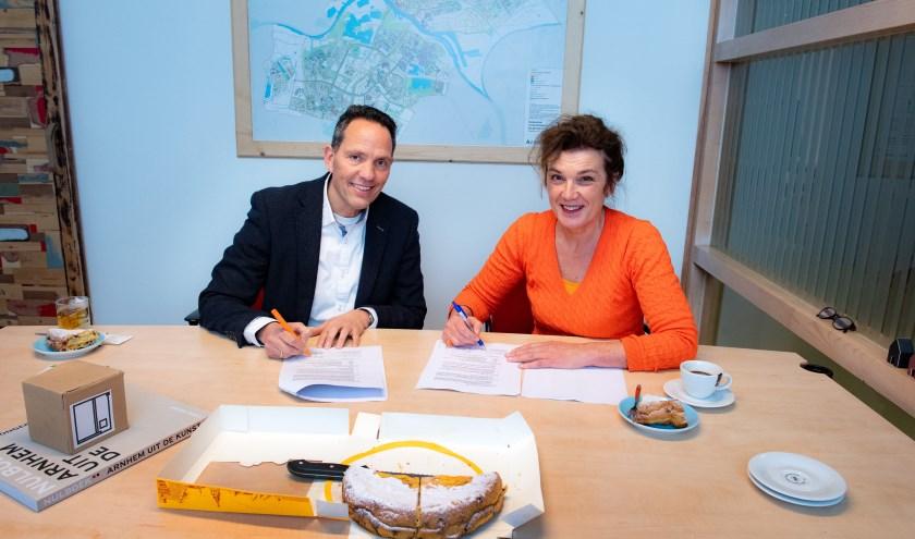 De bestuurders van beide huisvesters zetten op 9 januari hun handtekening onder de samenwerkingsovereenkomst.