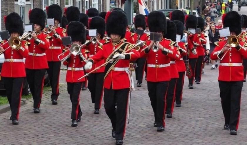 De showbrassband Thalita treedt ook elk jaar zo'n 15 tot 20 keer op, op diverse locatie in Nederland en soms daarbuiten. Foto: Arjo van Boerdam