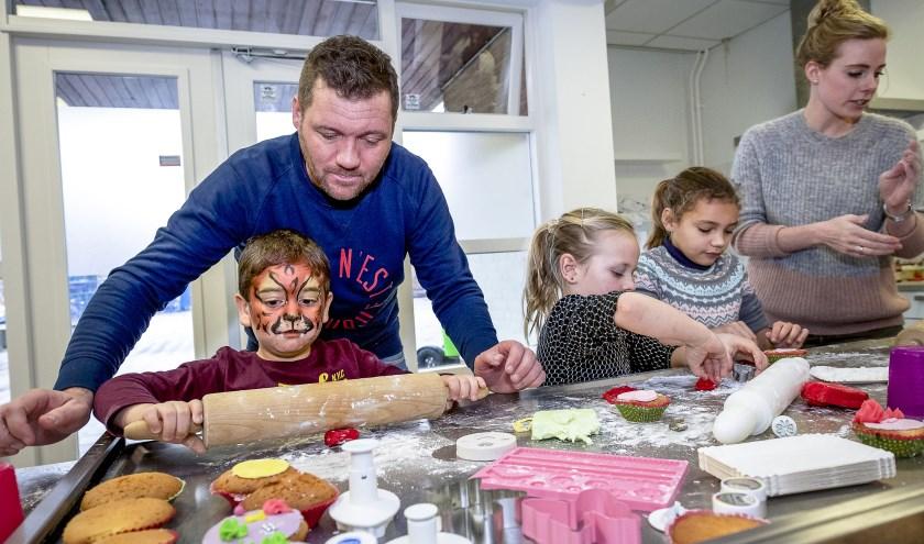 De KinderLabs zijn inspirerende plekken waar kinderen van vier tot en met twaalf jaar en hun ouders terecht kunnen voor activiteiten, ontmoeting en ondersteuning.