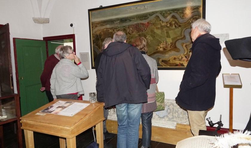De ridders van Gelre waren zaterdag bij het Stadskasteel in Zaltbommel. 'Ridders van Gelre vertellen een Verhaal van... de Bommelerwaard' is op maandag 20 januari om 17.20 uur te zien bij Omroep Gelderland.