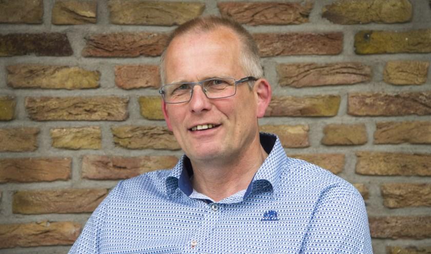 """Raadslid André Tijhof: """"Laten we met zijn allen zorgen dat de menukaart praktisch, overzichtelijk en lekkerblijft."""" (Foto: VVD Wierden-Enter)"""