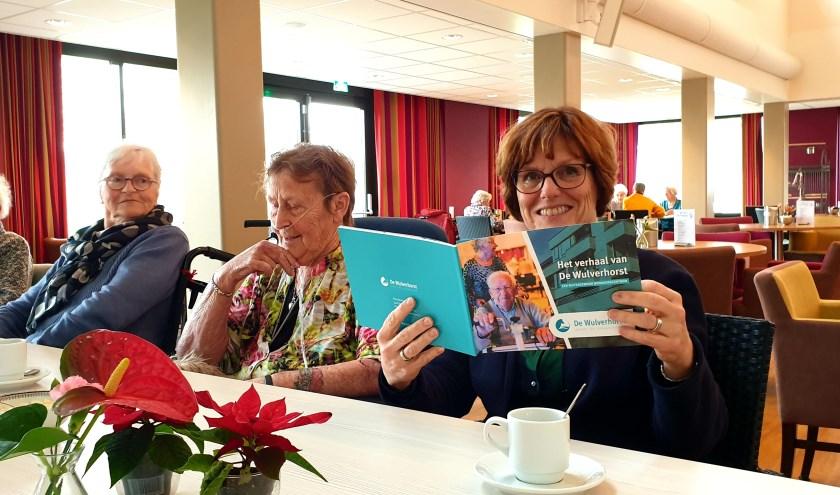 Wat De Wulverhorst bijzonder maakt is nu te lezen in een brochure die wordt overhandigdaan alle medewerkers, vrijwilligers en bewoners. (Foto: PR De Wulverhorst)