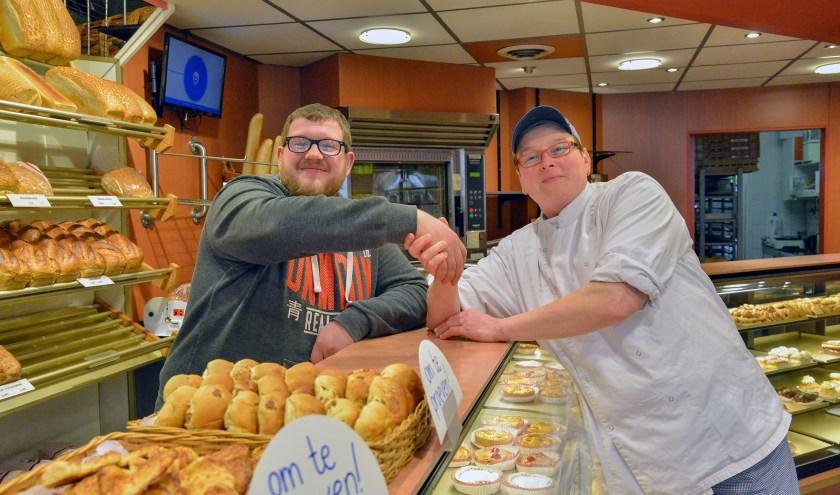 Bakker Martin Lakerveld heeft de brood- en banketwinkel van Christine van Rooijen overgenomen. (Foto: Paul van den Dungen)